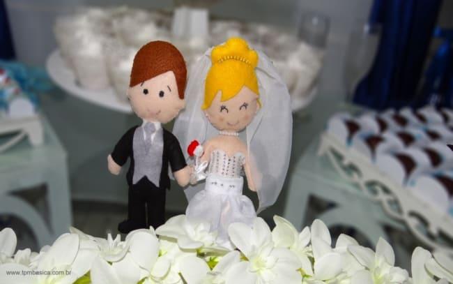 noivinhos de feltro para casamento