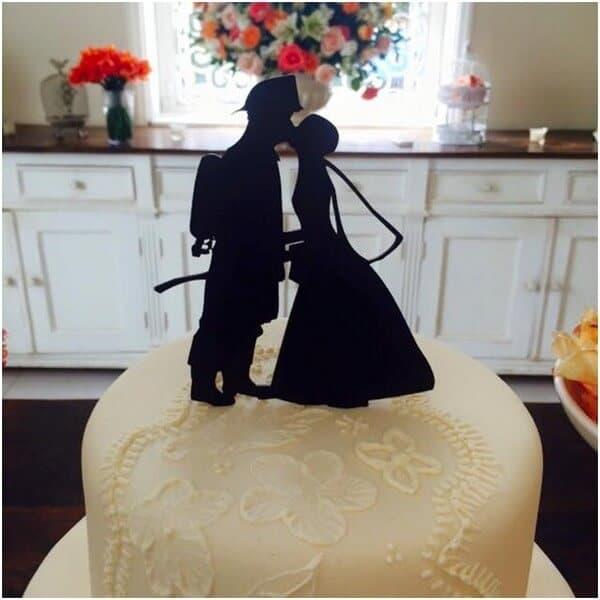 decoração de bolo de casamento simples