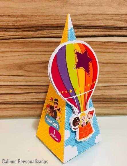 caixa personalizada para festa Mundo Bita