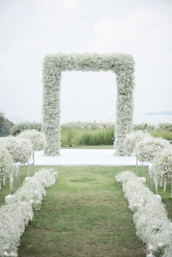 decoração altar para casamento minimalista