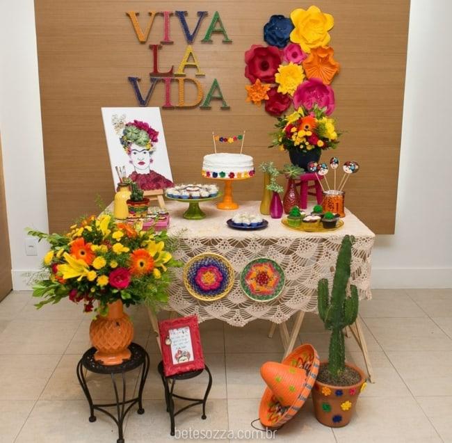decoração simples para festa mexicana