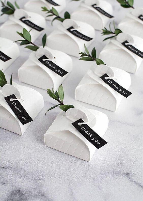 ideia de lembrancinha para casamento minimalista