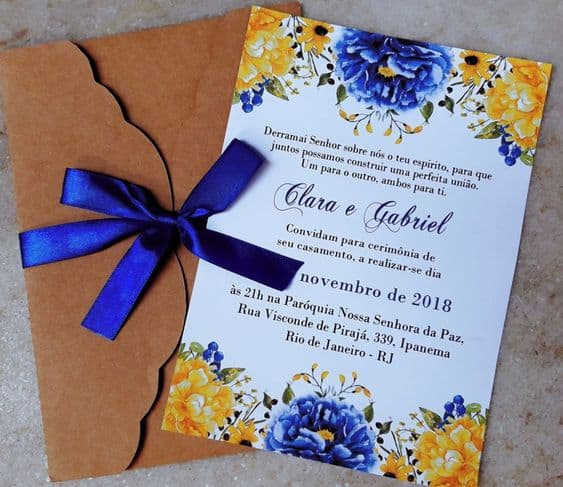 convite de casamento floral em azul e amarelo
