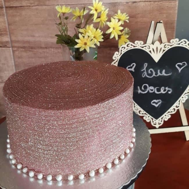 bolo de glitter rosa claro