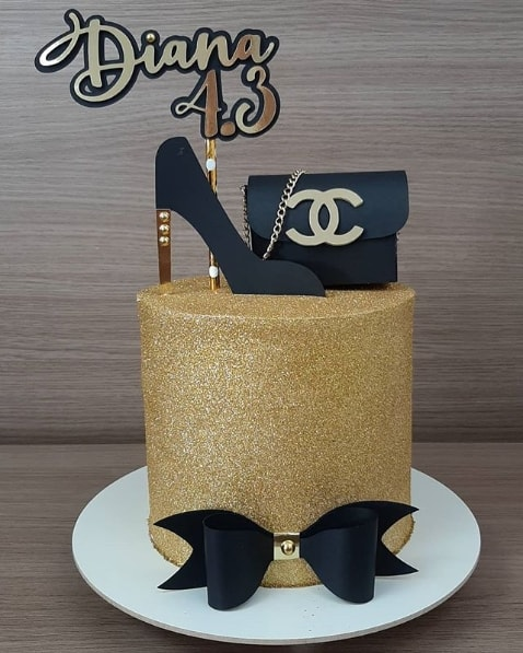 bolo de glitter dourado
