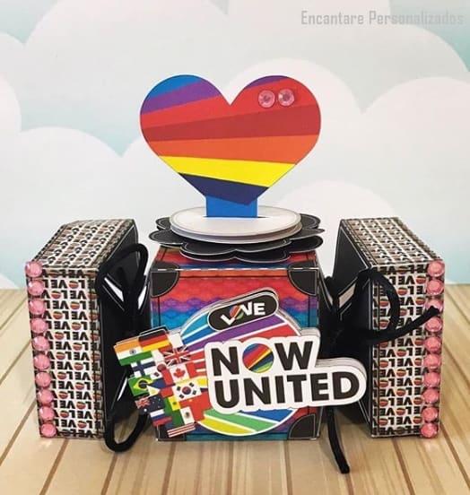 embalagem de luxo para lembrancinha Now United