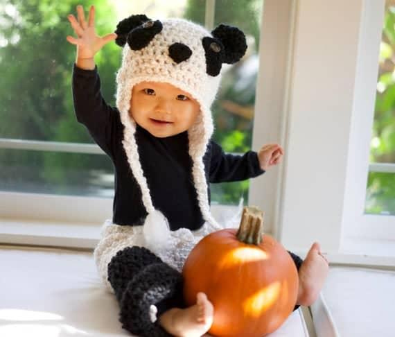 fantasia de croche com touca de panda para bebe
