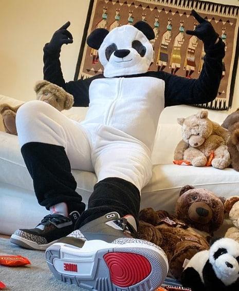 fantasia masculina de panda com macacao