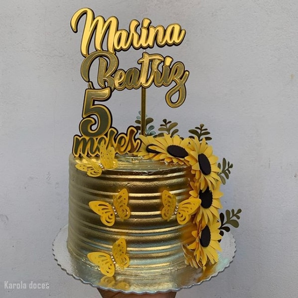 bolo girassol dourado