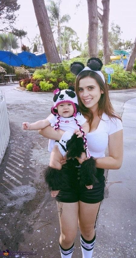 fantasia de panda de mae e filha