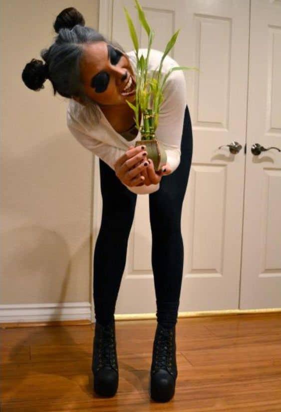fantasia feminina improvisada de panda