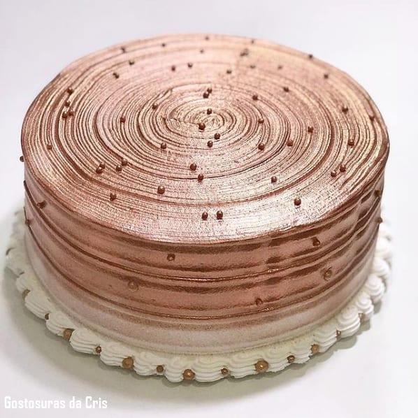 bolo de chantilly metalizado rose gold