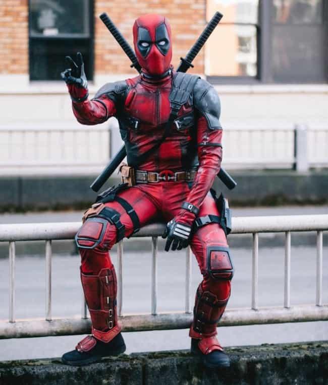 Cosplayer do Deadpool