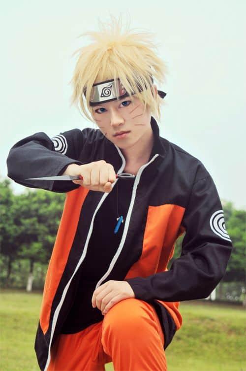 Modelo de cosplay do Naruto