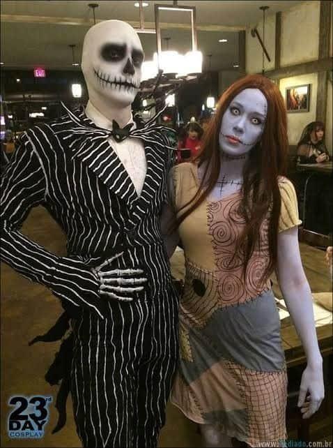 Personagens Jack Skellington e Sally O Estranho Mundo de Jack