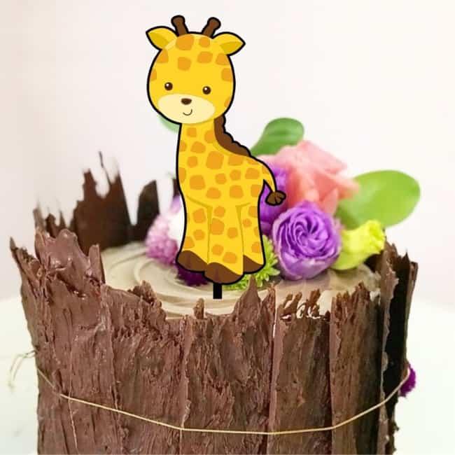 topo de bolo mesversario de girafinha
