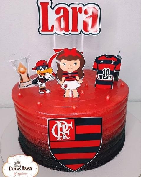 bolo do Flamengo com toppers femininos