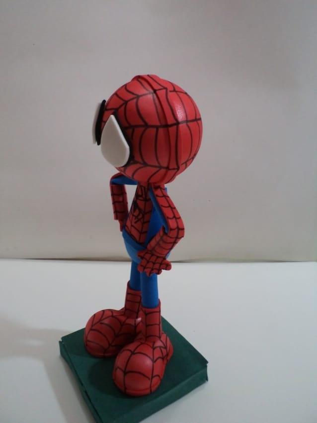 boneco de EVA para topo de bolo Homem Aranha