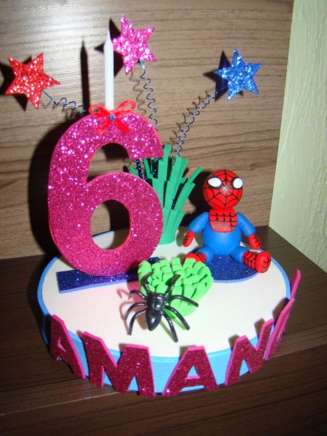 decoracao de topo de bolo Homem Aranha em EVA