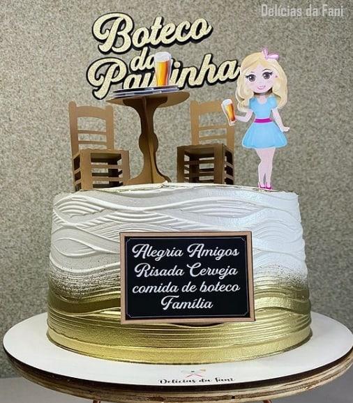 bolo feminino dourado com topo de boteco