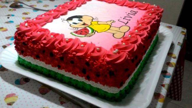 bolo melancia quadrado com papel de arroz da Magali