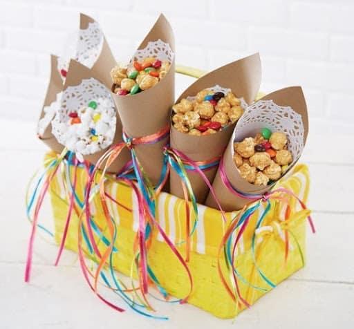 Cones simples para festas tematicas
