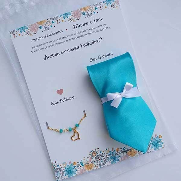 Lindo convite para padrinhos com gravata