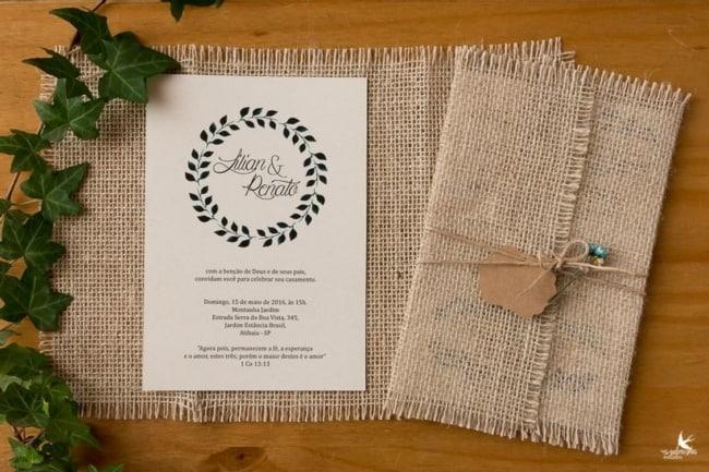 O convite rustico e uma bela ideia para casamentos neste estilo