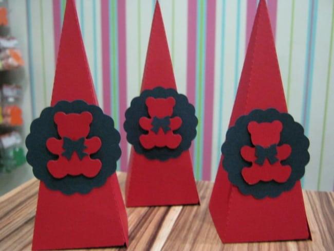 Versao de ursinhos com cores vermelho e preto