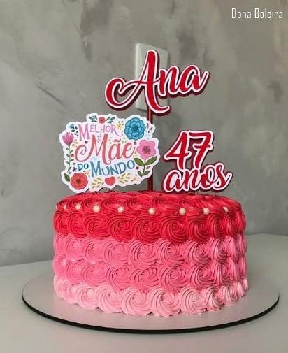 bolo decorado com topo de dia das maes