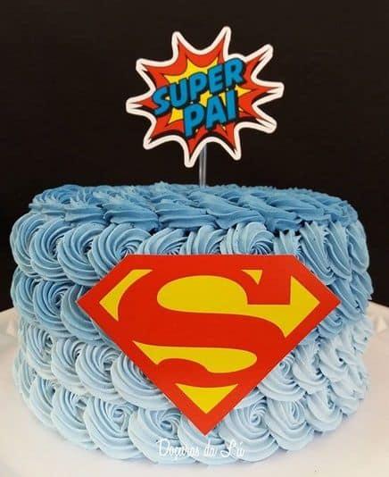 bolo degrade azul com topo super pai