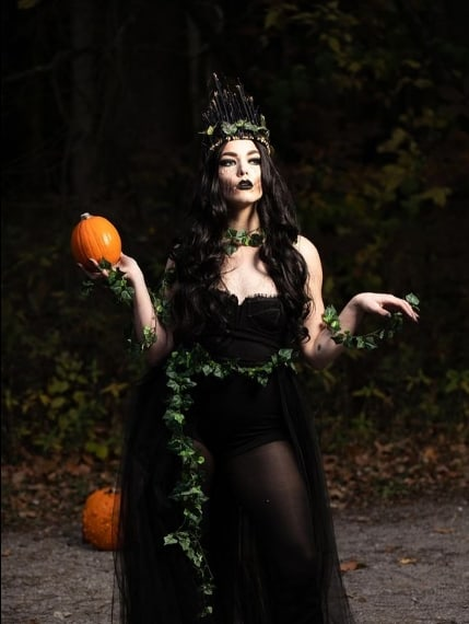 fantasia de halloween de rainha