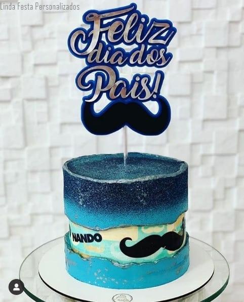 bolo com decoracao azul e topo feliz dia dos pais