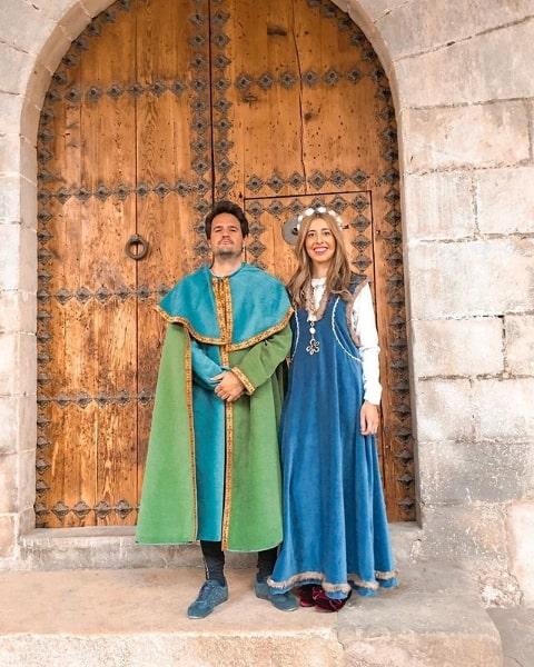fantasia de rei e rainha medieval
