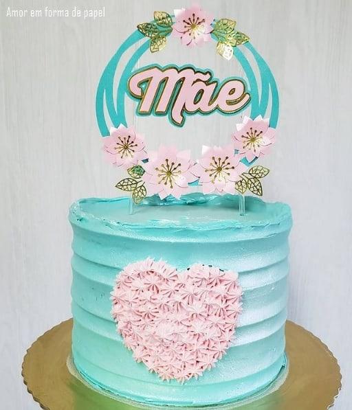 bolo dia das maes rosa e azul com topo floral