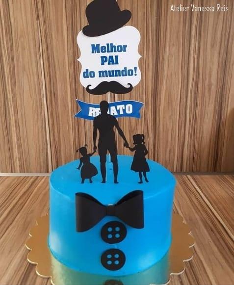 bolo com topo personalizado de pai com filhas