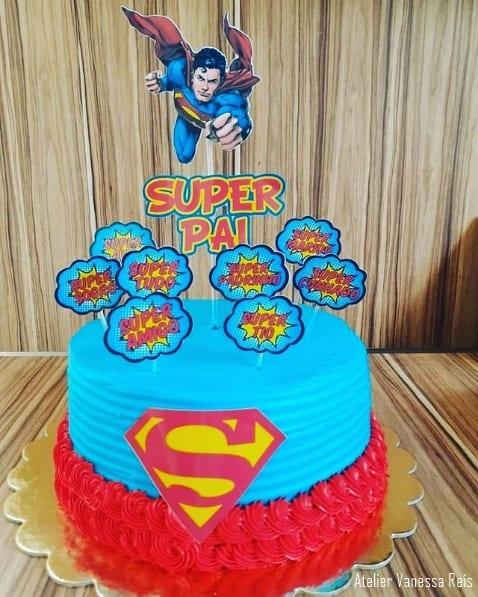 bolo super homem com topo de super pai