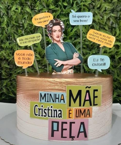 bolo decorado com topo minha mae e uma peca
