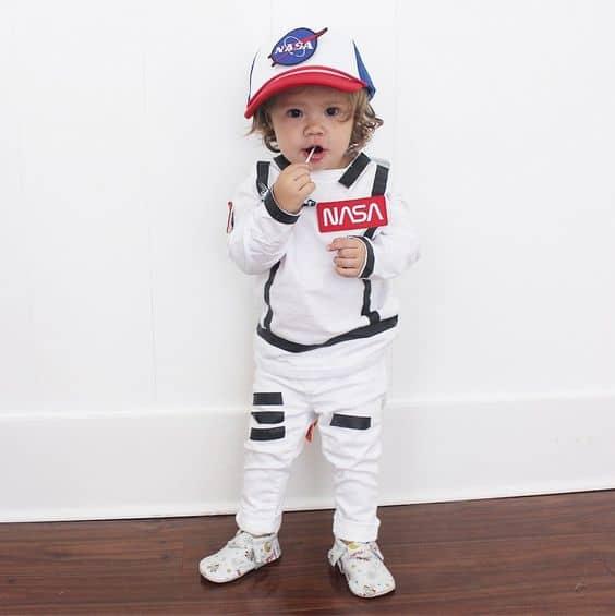 fantasia infantil de astronauta da Nasa