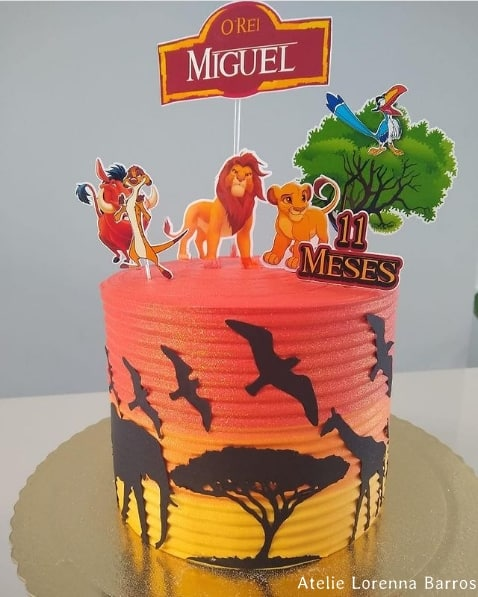 topo de bolo personalizado com toppers Rei Leao