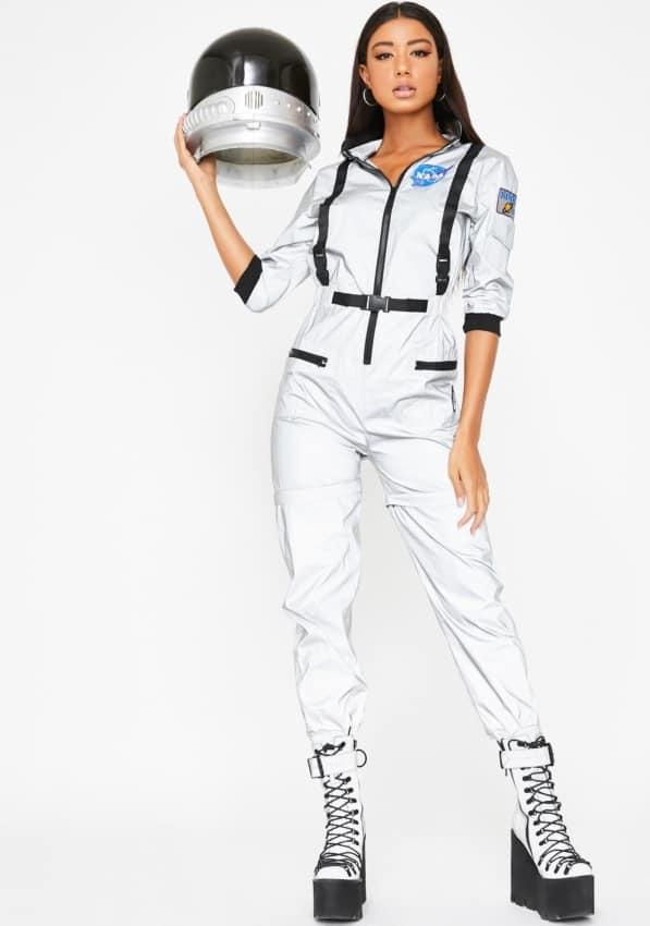 fantasia feminina de astronauta com capacete