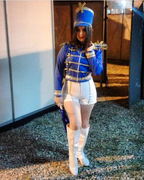 fantasia de paquita azul com bota branca