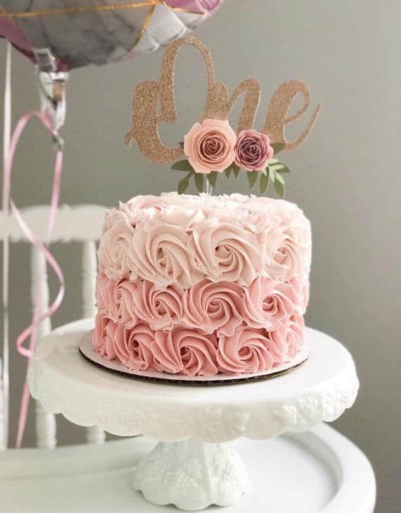 bolo bodas de papel de rosas