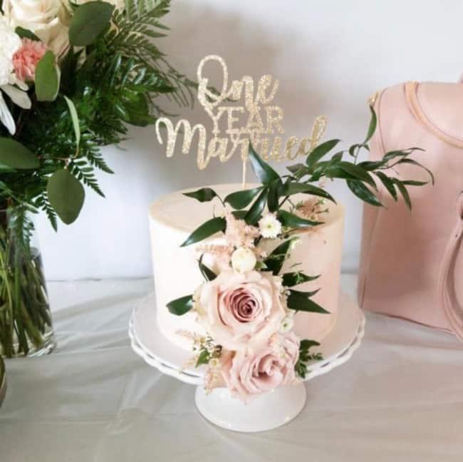bolo bodas de papel one year married