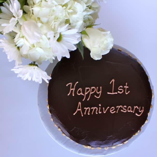 bolo bodas de papel simples de chocolate