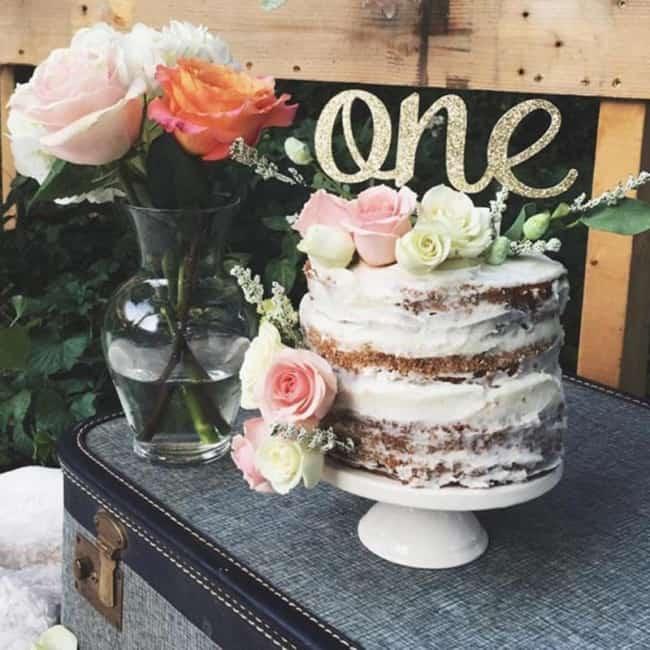 bolo naked cake com flores