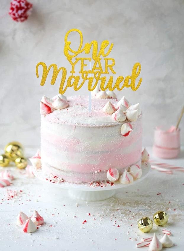 topo de bolo one year married