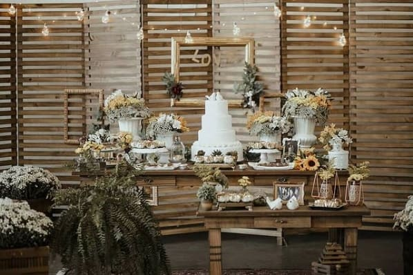 decoracao com moveis rusticos para bodas de casamento
