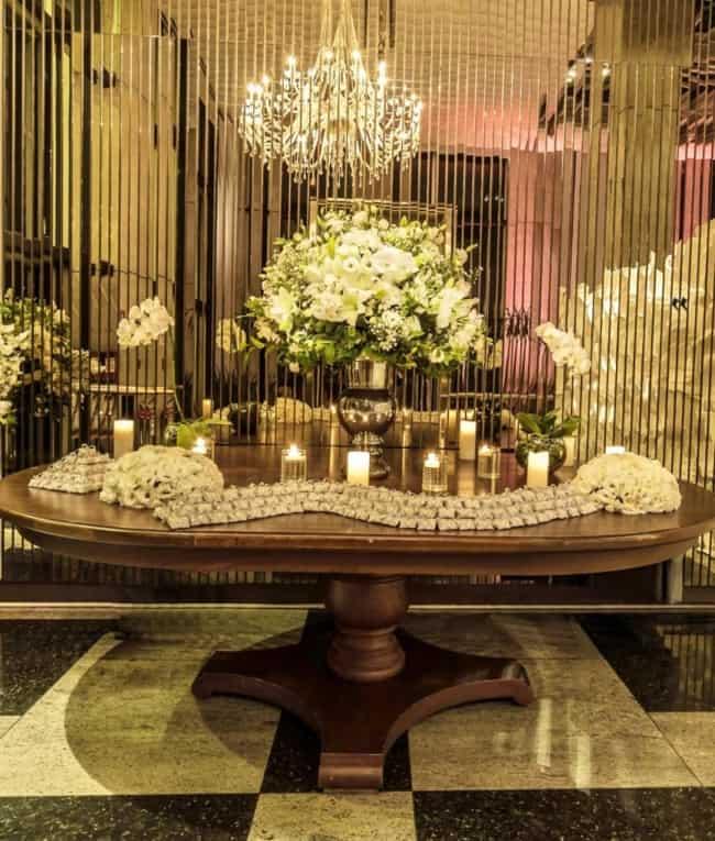 decoracao luxuosa para bodas de porcelana
