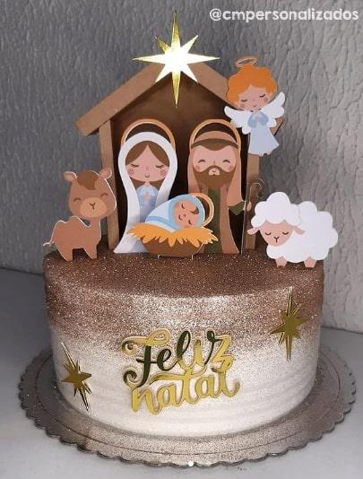 decoracao de bolo natalino com topper de natal